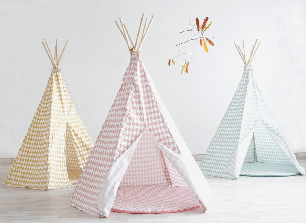 tipi enfant fabriquer son tipi soi m me c est possible. Black Bedroom Furniture Sets. Home Design Ideas